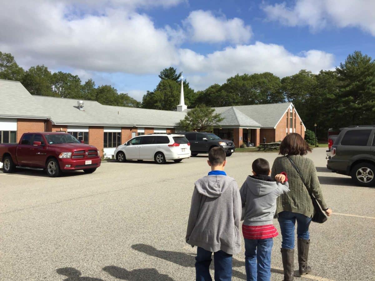 Walking into Worship at Plymouth UMC